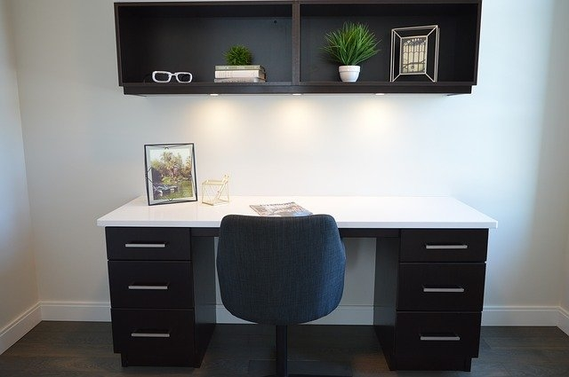 pisarniški-stoli
